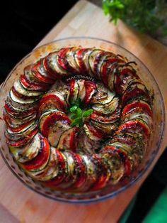 Ratatouille - berenjena, tomate, calabacin, cebolla, ASADO al horno Más