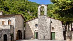 La chiesina dedicata a San Montano, protettore di Roccaporena, risalente al dodicesimo secolo, ebbe un ruolo importante nella vita di Rita, che vi ricevette la prima istruzione religiosa, vi fu iniziata ai sacramenti e vi celebrò il matrimonio.