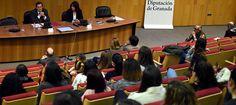 GRANADA.Más de un centenar de alumnos de los grados sociales de la UGR -Educación Social, Trabajo Social, Psicología, Pedagogía, Psicopedagogía, Sociología, Magisterio y