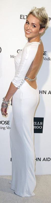Miley Cyrus..2013 Elton John Oscar Party. Best I've seen her look!