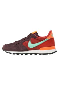 Nike Sportswear INTERNATIONALIST - Baskets basses - mahogany/green glow/cinnabar/total orange - ZALANDO.FR