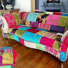 omgosh how fun is this couch!