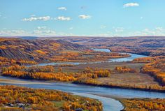 Peace River in the autumn near Fort St. Dawson Creek Bc, Moon Over Water, All About Canada, Datsun Car, Vancouver British Columbia, Canada Eh, Western Canada, Vancouver Island, Rocky Mountains