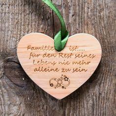 Zirbenherz (Familie ist für …) | | GUFRU  #vatertag #vatertag2020 #vatertaggeschenk #geschenkideen Bamboo Cutting Board, Heart