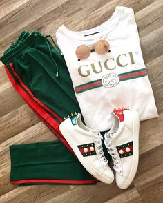 Today we are going to make a small chat about 2019 Gucci fashion show which was in Milan. When I watched the Gucci fashion show, some colors and clothings. Gucci Outfits, Swag Outfits, Mode Outfits, Trendy Outfits, Fashion Outfits, Gucci Sneakers Outfit, Sneakers Adidas, Casual Sneakers, Sneakers Fashion