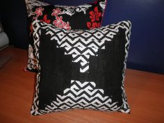 Easy to make pillow cushions, it can be changed and re-used covers after washing.  Open in the back with buttons.