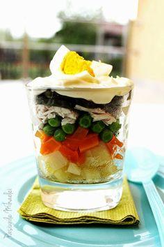 Salată boeuf în straturi, la pahar | Pasiunile Mihaelei