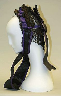 Side view of the black and purple cap... I wanna make one like this!