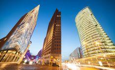 Top 20 Berlin Sehenswürdigkeiten für Touristen - 2019 (mit Fotos) Berlin, Burj Khalifa, Opera House, Building, Travel, Pictures, Viajes, Buildings, Destinations
