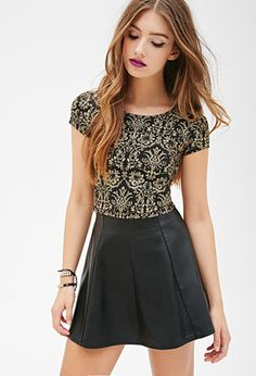 Baroque Print Crop Top | FOREVER 21 - 2000100636