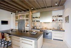 Maatwerk luxe eiken houten keuken met vlakke fronten - antraciet betonnen aanrechtbladen - Viking apparatuur - The Living Kitchen by Paul van de Kooi