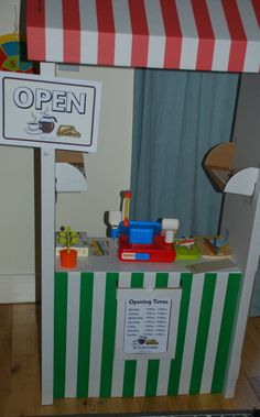 Cafe and vet role playing ideas using resources from the Twinkl website. Great activity to get kids writing and using money. Money Activities, Kids Learning Activities, Fun Learning, Writing Center Kindergarten, Kids Writing, Role Play Areas, Key Stage 1, Pet Vet, Learning Through Play
