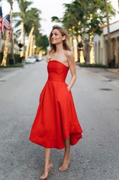 Love the style, length, and color of this dress!