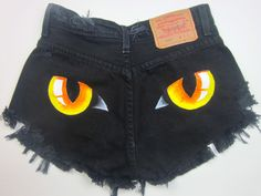 vintage levis black cat panther eyes high waisted cut off denim shorts S Painted Shorts, Painted Denim Jacket, Painted Jeans, Painted Clothes, Hand Painted, Diy Clothing, Custom Clothes, Textiles Y Moda, Diy Fashion