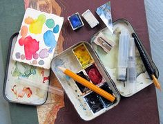 love this little #watercolor kit made from an old altoid tin. -from Cathy Johnson