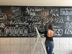 Chalkboard lettering for Hamburgueria Mooo Leiria on Behance