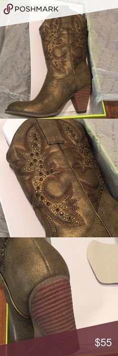 Very Volatile NWT 8.5 Bronze Boots Very Volatile NWT 8.5 Bronze Boots. Same as San Francisco 49'er cheerleaders wear. BOOTS CAN NOT BE BUNDLED. IF THEY ARE BUNDLED I WILL CANCLE THE ORDER.  THE SHIPPING COST ME MORE THAN MY PROFIT IF BUNDLED. Volatile Shoes Heeled Boots