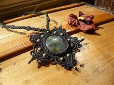 Labradorite macrame necklace, Hippie Chic pendant, macrame jewelry, boho…