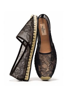 AMAZING LACE - say hello to your summertime slippers. They're Valentino.