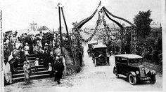 La bénédiction des automobiles de Villers-Saint-Christophe, durant sa période fastes (années 1920). © France 3