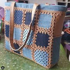 Bolso tote en crochet azul y marrón. - #azul #Bolso #crochet #en #marrón #Tote - Photo Blog