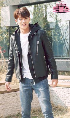The joy he has when he sees her Park Hyung Sik, Strong Girls, Strong Women, Asian Actors, Korean Actors, Lee Min Ho, Park Hyungsik Cute, Park Hyungsik Strong Woman, Ahn Min Hyuk