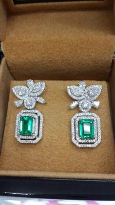 Emerald columbia earring