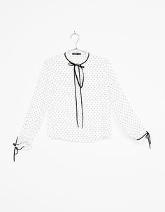 Camisa cuello con lazo - Camisas - Bershka España