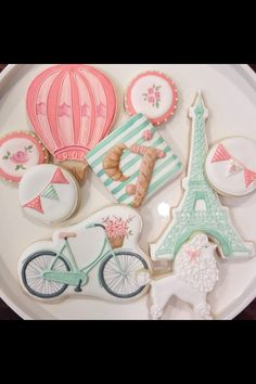 Gorgeous Parisian baby shower cookies by Anna Elizabeth Cakes <3