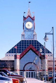 Erin Mills Town Centre, MISSISSAUGA, ON