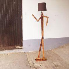 Akin Woodworker (@akin_woodworker) • Instagram-Fotos und -Videos Woodworking, Videos, Instagram, Home Decor, Diy Lamps, Decoration Home, Room Decor, Carpentry, Wood Working