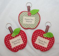 Teacher Gift Keyring, Brooch or Magnet - The Supermums Craft Fair