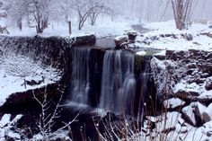 #slowshutter #longexposure #nature #waterfall #snow #photography #landscape