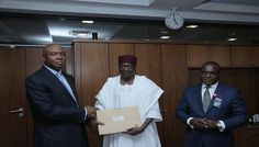 BREAKING NEWS: I've received ministerial list, says Saraki – see the pics - http://www.nollywoodfreaks.com/breaking-news-ive-received-ministerial-list-says-saraki-see-the-pics/