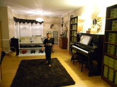 Music 4 Little Learners - Someday I would like to teach in a space as child and music friendly as this!