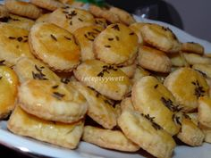 Slané pečivo Czech Recipes, Appetisers, Christmas Baking, Ham, Biscuits, Muffin, Food And Drink, Pizza, Bread