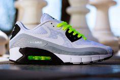 Nike Air Max 90 Breeze (BlackVolt)