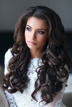 18 bride's favourite hairstyles for long hair 3