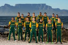 SA Cricket team with Table Mt in the background