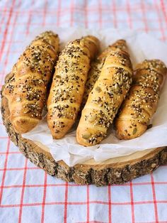 Hot Dog Buns, Bagel, Appetizers, Pizza, Bread, Cheesecake, Cooking, Food, Meals