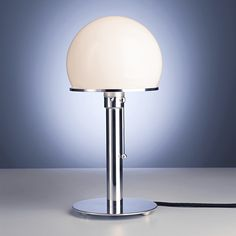 WA24 Wilhelm Wagenfeld Table lamp