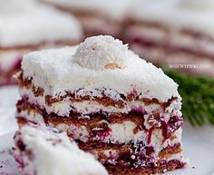 Coconut Cream & Blackcurrant Zebra No-Bake Cake No Bake Desserts, Just Desserts, Delicious Desserts, Baking Recipes, Cake Recipes, Dessert Recipes, Cupcake Cakes, Cupcakes, Icebox Cake