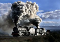 Steam & Smoke ~ Classic Look ~ South African Railways ~ BFD Hobby Trains, Old Trains, Vintage Trains, Train Car, Train Tracks, South African Railways, Steam Railway, Train Engines, Steam Engine
