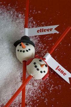 Love this snowmen craft by @Matthew Mead.