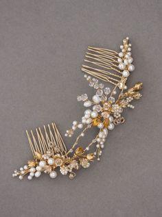 Shimmer in Gold | Gold bridal combs for bride Katherine
