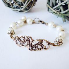 Sweet Lace Bracelet, Wedding Jewelry, Bridesmaid bracelet - Friendship Bracelet, Charm Bracelet, Bangle - Flower Branch, Ivory cream pearls.