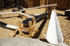 Large scale ramp set for outdoor play. Stacking wood ramp stands allow a variety of perches to balance plastic ramps. Experiment with slope, mass, gravity and have fun while doing it! Variety of wood balls come with this kit or use it with sand or water.