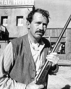 Picture of Warren Oates  as Reese Ford  from Kid Blue