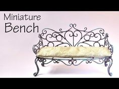 Vintage/Romantic Bench Tutorial - Dolls/Dollhouse Yes, I'm aware there's 1 extra 'p' in the subtitles in the beginning. Time for another metal furniture project! today we're making a vintage insp. Dollhouse Miniature Tutorials, Diy Dollhouse, Miniature Dolls, Dollhouse Miniatures, Metal Furniture, Miniature Furniture, Dollhouse Furniture, Vintage Furniture, Vintage Bench