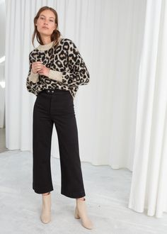 Twill Culotte Pants - Black - Culottes - & Other Stories Winter Outfits, Cool Outfits, Casual Outfits, Fashion Outfits, Black Culottes Outfit Casual, Black Cullotes Outfits, Casual Work Outfit Summer, Work Casual, Coulottes Outfit
